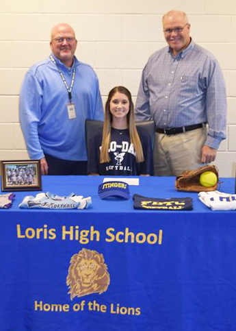 Allyson Long Signed To Play Softball